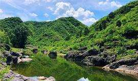 翠鸟谷原生态河谷戏水休闲徒步穿越