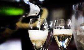 中国首次100%CHAMAPGNE全香槟品鉴酒展