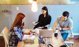 教外国人学中文,轻松兼职赚高薪,预约免费试听课