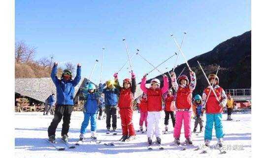 2019年爱营雪娃闹春-北京滑雪冬令营/年味冬令营