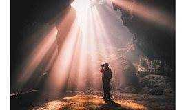 隐在密林中的喀斯特溶洞●地下暗河速降探密 报名11.3-11.4