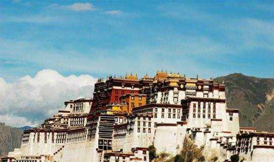 去西藏过年是什么体验?和藏民一起过个年,才算见过真西藏!