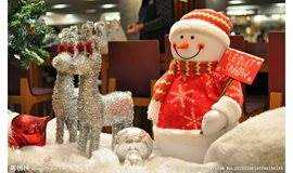上地华联站|圣诞狂欢大巡游,圣诞礼包免费送