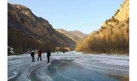 周六/日:北京雅鲁藏布江大峡谷之  白河大峡谷,踏冰徒步穿越10公里,一日户外活动