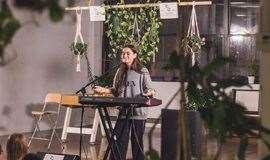 【2月北京 画室中的绿 早于早春】遍布全球的青年社群SofarSounds沙发音乐