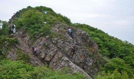 江苏之魂、舞动山脊,尽享高丽山峭壁间攀爬乐趣