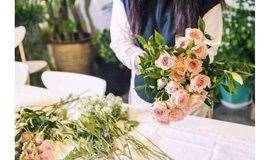 MAAN课堂   不用羡慕【小姐姐的花店】这些花艺技能你也可以轻松GET到!