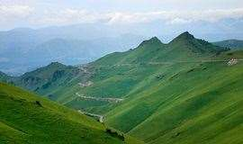 暑期活动】穿越独库公路,在最美的新疆伊犁画上一个圈