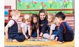 智慧爸妈培养聪明宝宝,0~6岁儿童的敏感期培养课程!