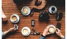 【拼拼碰碰】周末去哪儿?到咖啡厅与感兴趣的人聊天聊地