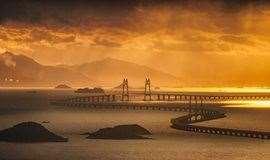 【大象团建】?#25945;?#19968;夜,开启珠海世界之最长的跨海大桥之旅